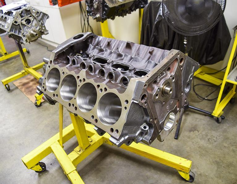 408 Mopar Small Block Stroker Crate Engine: M408-HR-C1